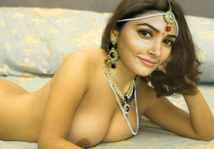 Naked Pooja Hegde xxx nipple seen