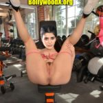 Hot Samantha Akkineni showing her shaved pussy round ass gym workout