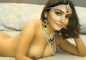 Naked Pooja Hegde xxx nipple seen