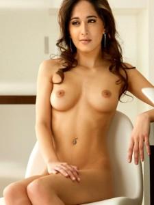 xxx Anushka Shetty full nude pose fake