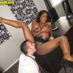 Amala Paul actress pussy licking photo nipple pressing in full mood