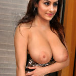 Ankitta Sharma showing her boobs hanging out of her blouse without bra