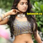 Nazriya Nazim nude deep navel 2020 show in hot blouse without saree