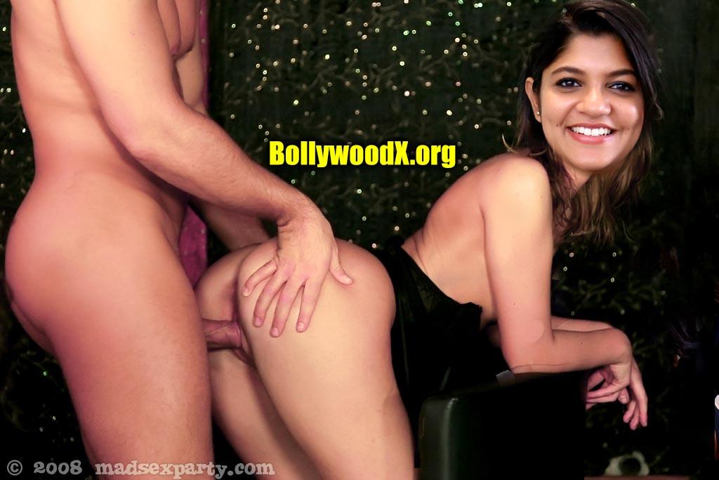 Aparna ass fucked after Soorarai Pottru shooting doggy sex