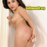 Full nude Anchor Indu butt plugged naked ass