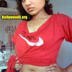 Nazriya Nazim showing her nude navel lockdown photos
