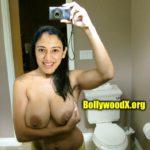 Topless Smriti Mandhana bathroom selfie big boobs photo no bra