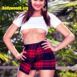 Tejaswini Gowda semi ude under boobs exposed without bra