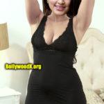 Suhasini Rajaram Naidu shaved armpit nude cleavage black night dress