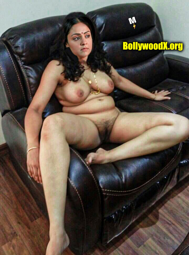 Full nude busty actress Jyothika casting couch photo without dress